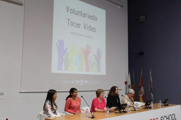Tocar e mudar vidas através do voluntariado